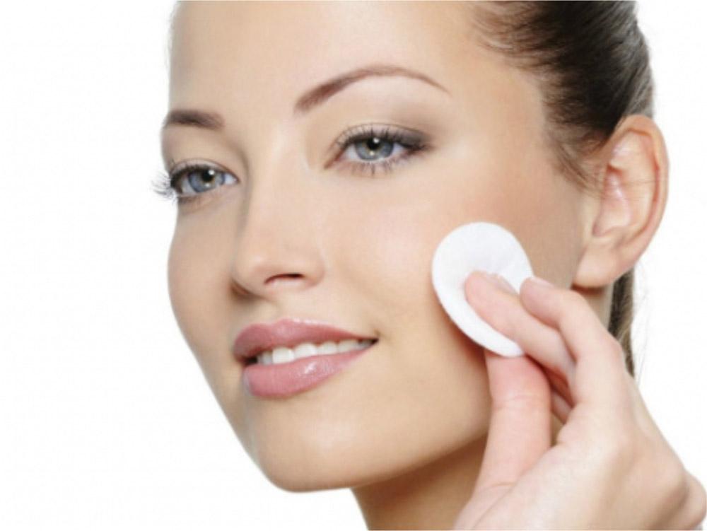 Cum sa va curatati pielea