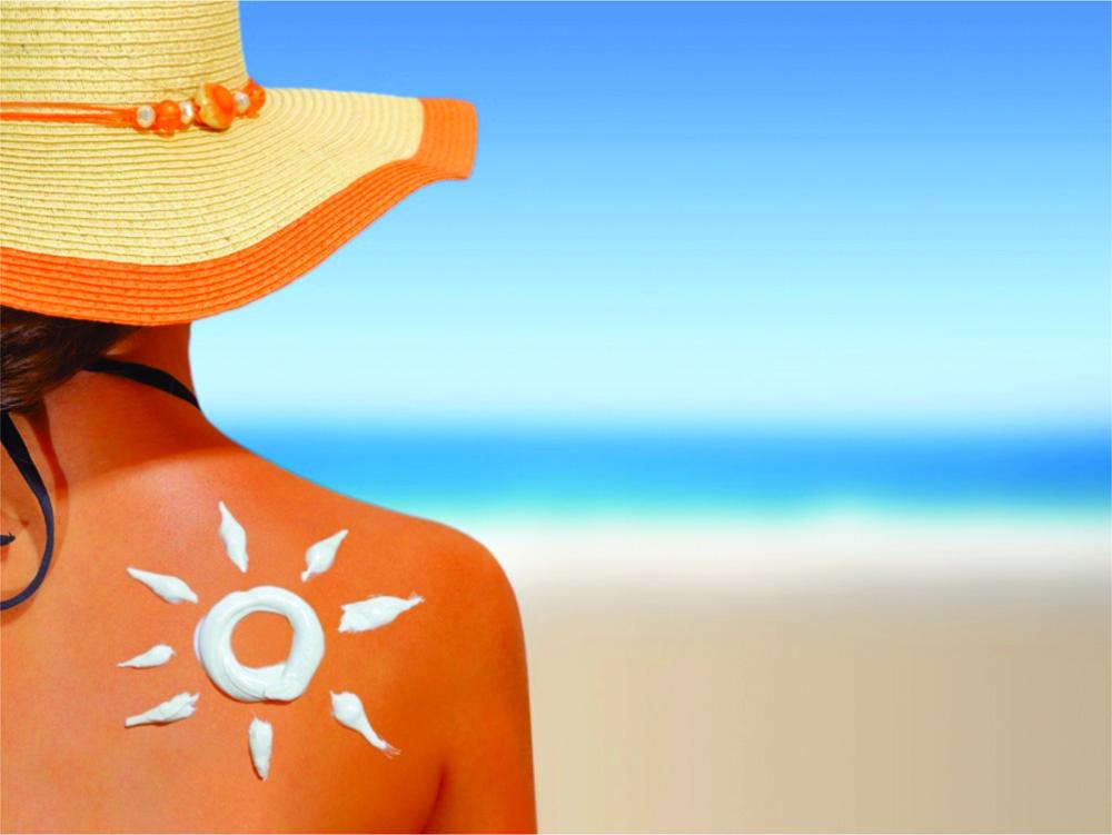 Protecția solară cu loțiune  creamă  sau spray